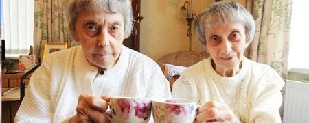 90 жил хамт амьдарсан ихрүүд