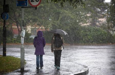 Ихэнх нутгаар усархаг бороотой