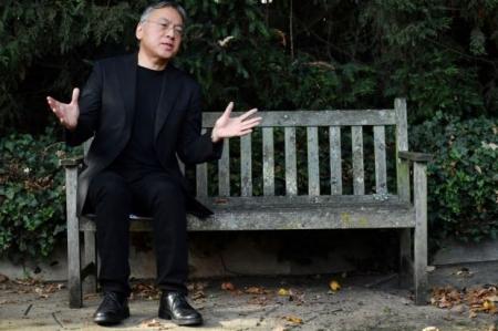 Нобелийн утга зохиолын шагналыг Казүо Ишигүро хүртлээ