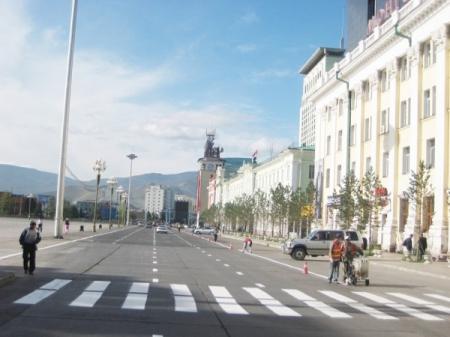 Бямба гарагт замын хөдөлгөөнийг 07.00-18.00 цагийн хооронд хаана