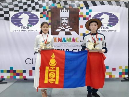 Б.Халиун, Д.Амарсайхан нар дэлхийн аварга болжээ