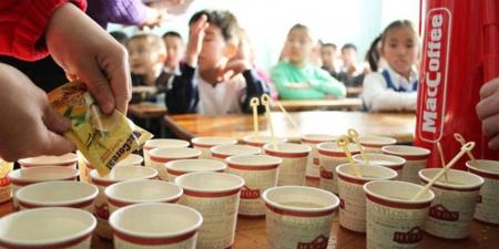 Улсын болон хувийн зарим сургуулиуд цайны газаргүй байна