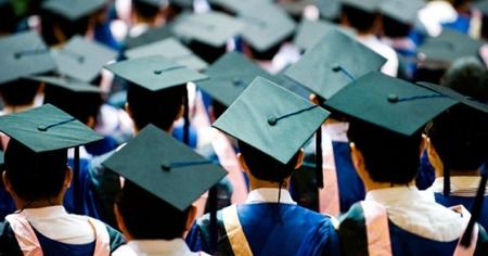 Их, дээд сургууль, коллежийн нийт төгсөгчдийн 58.7 хувь нь эмэгтэйчүүд байна