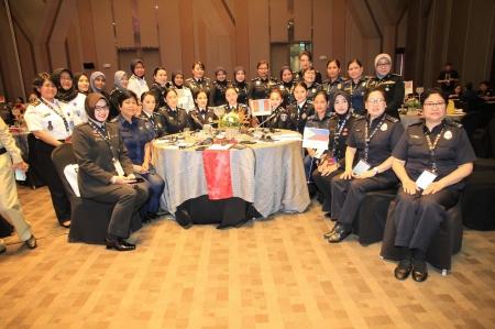 Азийн зүүн бүс нутгийн анхдугаар бага хуралд 10 эмэгтэй албан хаагч амжилттай оролцоод ирлээ
