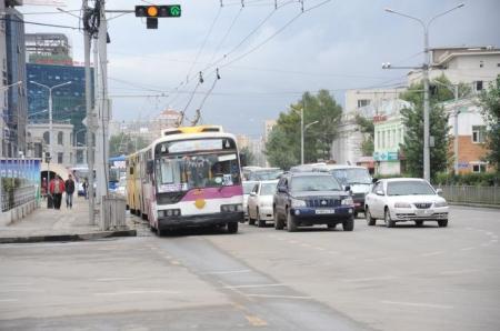 НОК: Нийтийн тээврийн үйлчилгээг амралтын өдрүүдэд бүрэн зогсооно