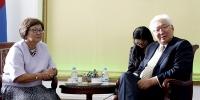 Нийслэлийн Засаг дарга Киргиз Улсын Ерөнхийлөгч асан хатагтай Роза Отунбаеваг хүлээн авч уулзлаа