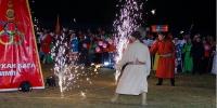 Дарханы тэнгэрт олимпийн бамбар аслаа