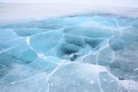 Гол, мөрний мөсөн дээгүүр авто тээвэр хийхгүй байхыг анхааруулж байна