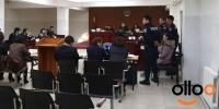Б.Булган, С.Оюун нар шүүх хуралд ирсэнгүй