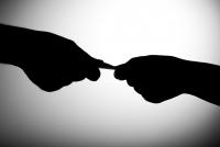 Авлигын асуудлыг мэдээлсэн хүнийг хариуцлагаас чөлөөлж байх санал дэвшүүлжээ
