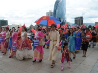 """""""Дээлтэй Монгол"""" наадмын үеэр хамгийн том Хүннү дээлийг дэлгэн үзүүлнэ"""