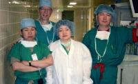 Монгол эмч дэлхийн шилдэг таван мэс засалчийн нэгээр шалгарчээ