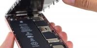 """""""Apple"""" iPhone-ын батерейн доголдолтой холбоотой асуудлаар шүүхэд ялагдаж магадгүй"""