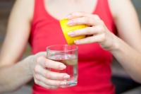 Лимонтой ус биеэс хорт бодисыг гадагшлуулдаг