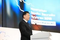 У.Хүрэлсүх: Эдийн засгийн хямралаас гаргах хөтөлбөрүүдээ амжилттай хэрэгжүүлье