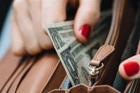 Таны санхүүгийн боловсролд: Зардлаа хэрхэн хэмнэх вэ