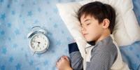Бага насны хүүхэд хэдэн цагт унтах ёстой вэ?