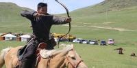 Морьтны харвааг Монгол гайхамшиг болгосон Н.Алтанхуяг