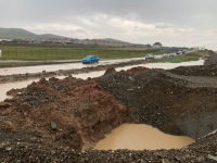 Борооны улмаас эвдэрсэн Налайхын түр замыг засварлаж  нээжээ