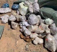 87 кг байгалийн чулуу хил нэвтрүүлэхийг завджээ