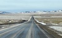Төв, Дундговь аймгийн чиглэлийн авто замд мөсөн гадаргуу үүсчээ