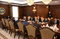 Ноос ноолуур, алтны салбарын үйлдвэрлэлийг дэмжих, эдийн засгаа эрсдэлээс хамгаалах асуудлаар уулзалт хийлээ