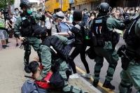 Хонгконгийн иргэдийг буцаах гэрээг цуцлахыг хүсчээ