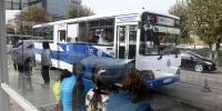 Нийтийн тээврийн автобусны ачаалал ихтэй зогсоолуудаас автобусны тоог нэмэгдүүллээ