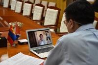 Хилийн чанад дахь монгол эрдэмтэдтэй цахим хурал хийлээ
