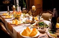 Баярын ширээ сайхан харагдах нь эзэгтэй танаас л шалтгаална