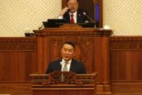 Монгол Улсын Ерөнхийлөгч Х.Баттулга: Ерөнхийлөгч надтай тэмцэхийнхээ оронд ажилгүйдэл, ядуурал, цар тахалтай тэмцэж, ард түмнийхээ өмнө хуулиар хүлээсэн үүргээ биелүүлээч