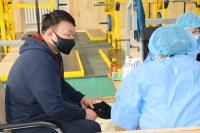Үндэсний шигшээ багийн тамирчдыг вакцинжуулж байна