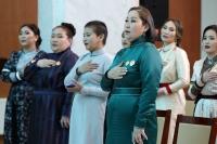 Баянзүрх дүүргийн 971 ээжид ''Эхийн алдар'' нэг, хоёрдугаар зэргийн одон гардууллаа