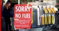 Их Британийн эрх баригчид түлшний хямралын үед цэргээ дайчилж байна