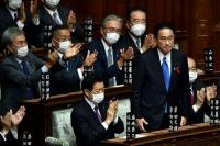 Япон улс 100 дахь Ерөнхий сайдаа хүлээн авлаа
